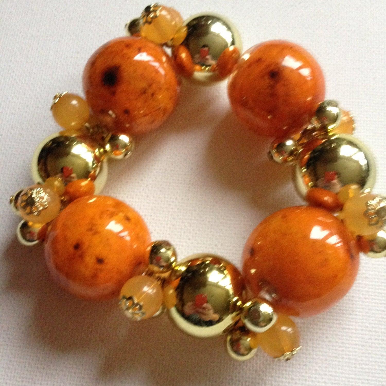 Bracelet  marbled amber and orange plastic beaded bracelet high quality retro design