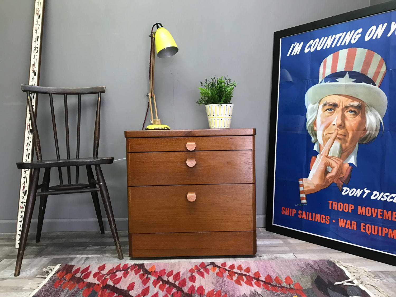 Nice Retro STAG Bedside Table  Vintage Teak Side Lamp Coffee End Cabinet