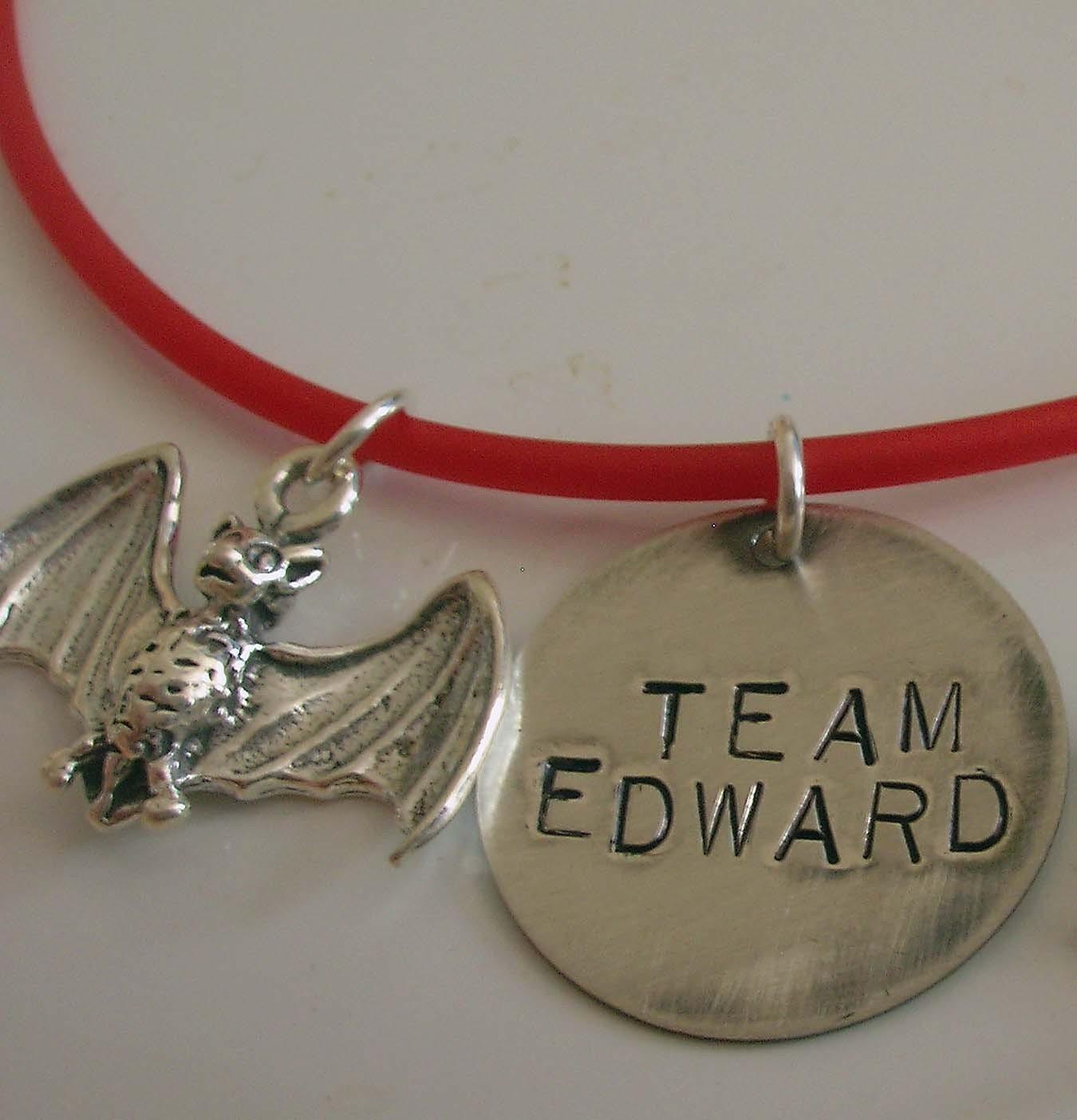 Team Edward 4EVER! Il_430xN.43240232