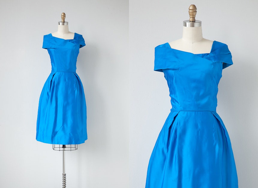 vintage 1960s dress / 1960s vintage dress / vintage 60s cocktail dress / blue formal dress