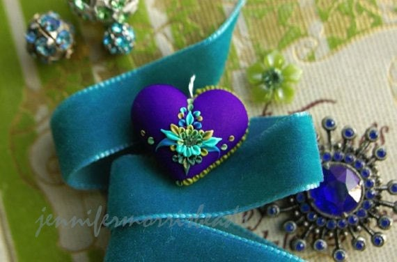 her royal heart - pretty heart pendant