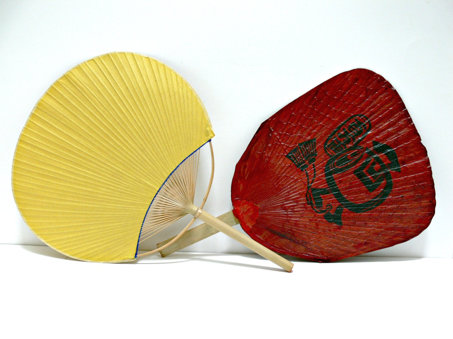 Vintage paper paddle fans asian hand fans by eitherorfinds - Japanese paddle fan ...