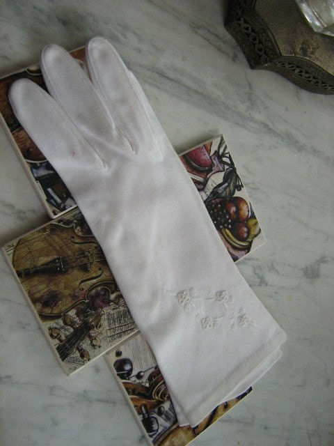 Womens White Dress Gloves Sz 8