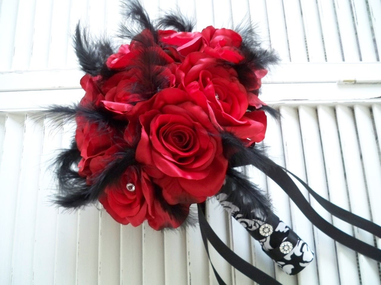 RED ROSES WRAPPED IN  BLACK AND WHITE DAMASK 14 PIECE BRIDAL BOUQUET SET