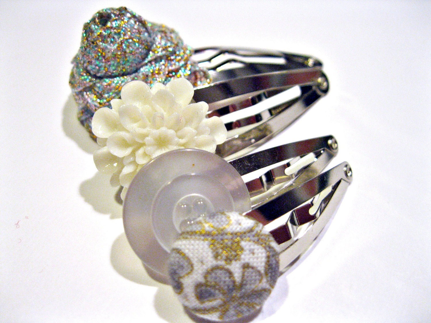 Funky Hair Clips Set of Four - White and Silver Mix of Snap Clips - Flowers and Buttons - Rotifera