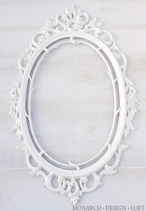 Vintage White Frame : White Oval Frame Baroque Ornate Frame Antique White Shabby Chic Wall ...