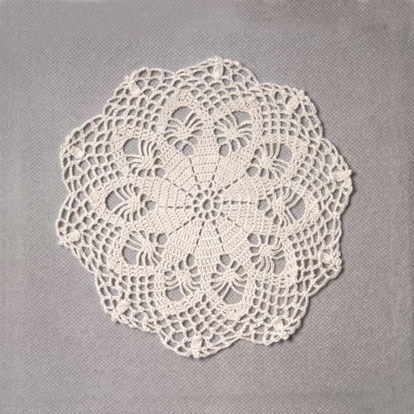 Summer Breeze Ecru Lace Crochet Doily, Home Fashion Accent - NutmegCottage