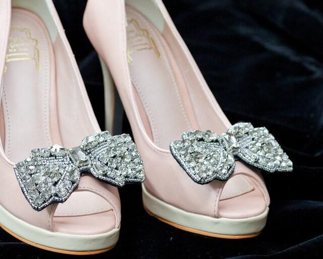 Gray Rhinestone Beaded Bow Shoe clips