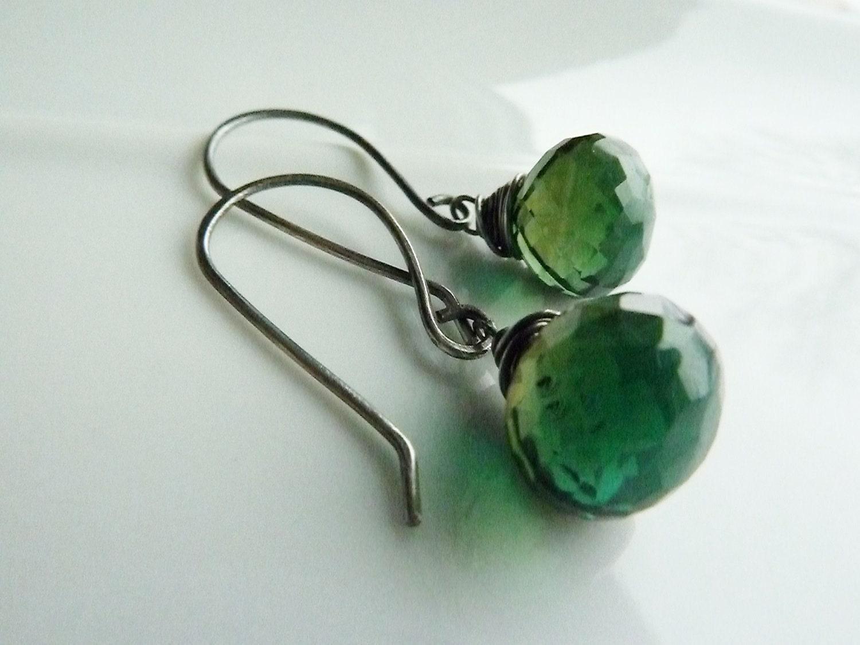 Emerald Green Quartz Onion Briolette and Oxidized Sterling Silver Earrings - PreciousDrops
