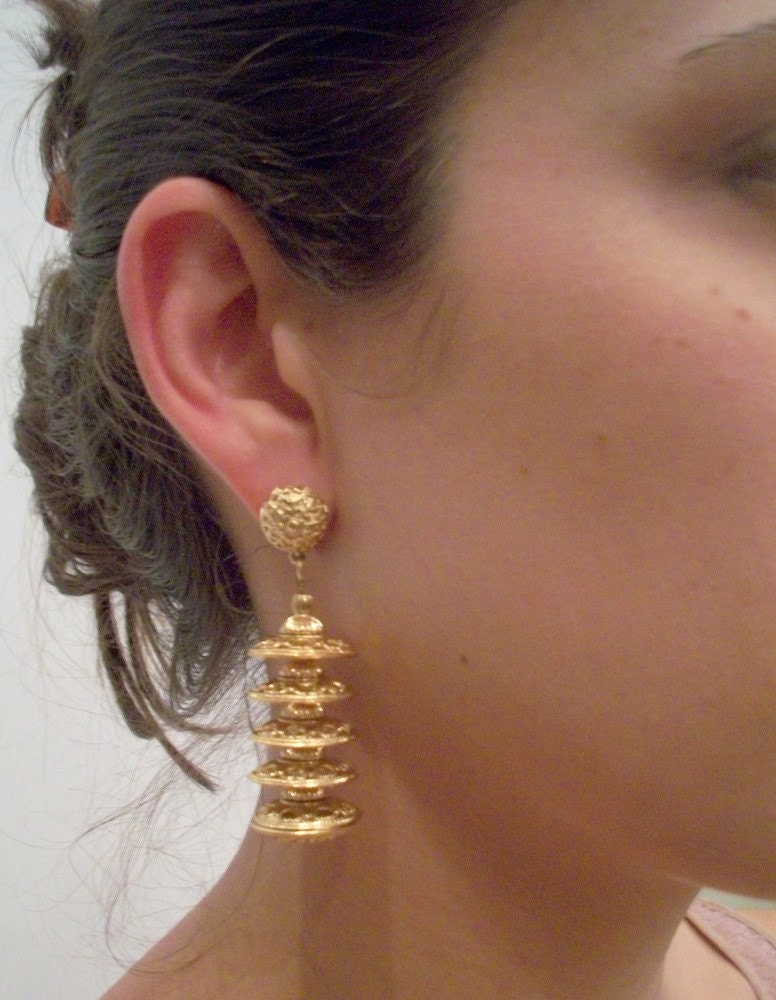 Gold MONET Pagoda Clip On Earrings  FREE SHIPPING