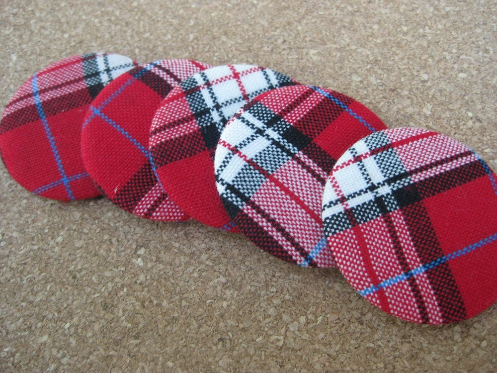 CLASSIC RED plaid magnet set