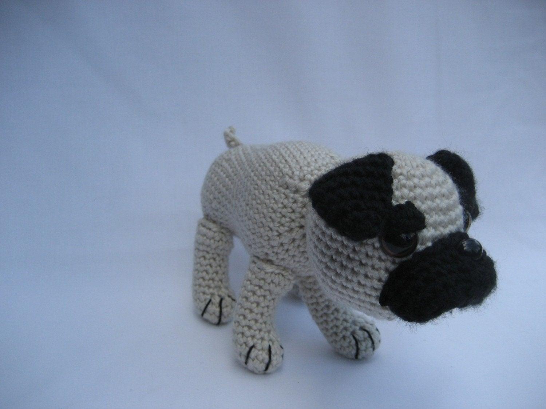 Perro Pug Amigurumi Patron Gratis : Crochet Pattern Amigurumi Pug Dog por FuzzyFeetDesigns en Etsy