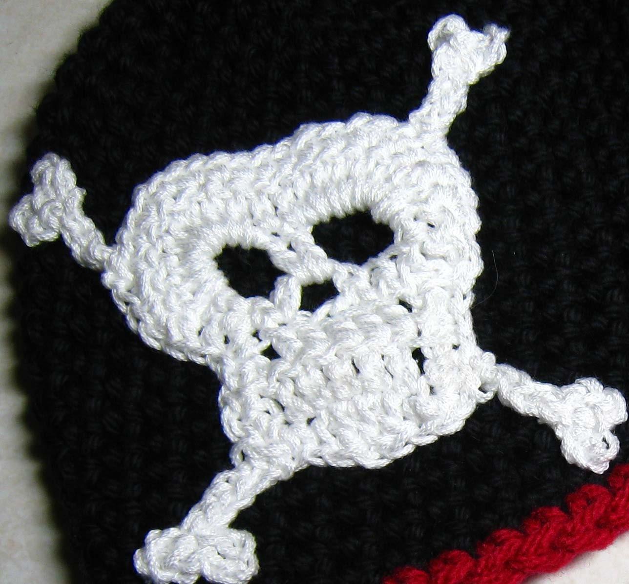Crochet Patterns Skull : CROCHET PATTERN - skull, crossbones, skull and crossbones, PDF crochet ...