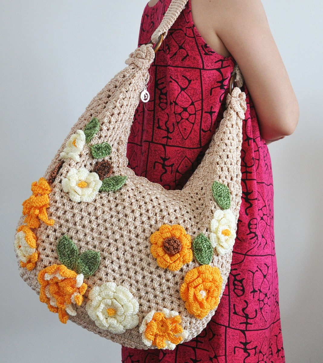 Crochet Handbags : FLORAL BAG 5 Crochet Flower Applique Bag by jennysunny on Etsy