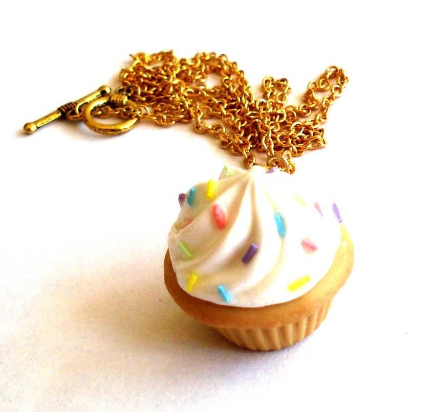 Big Kawaii Cupcake Necklace