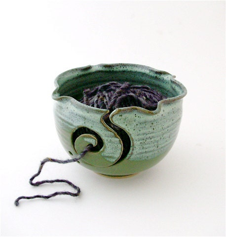 Find your Yarn Bowl here – BlueRoomPottery plus (+)