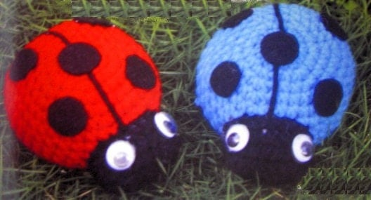 Ravelry: Ladybug Purse and Cloche/Hat pattern by Jocelyn Sass