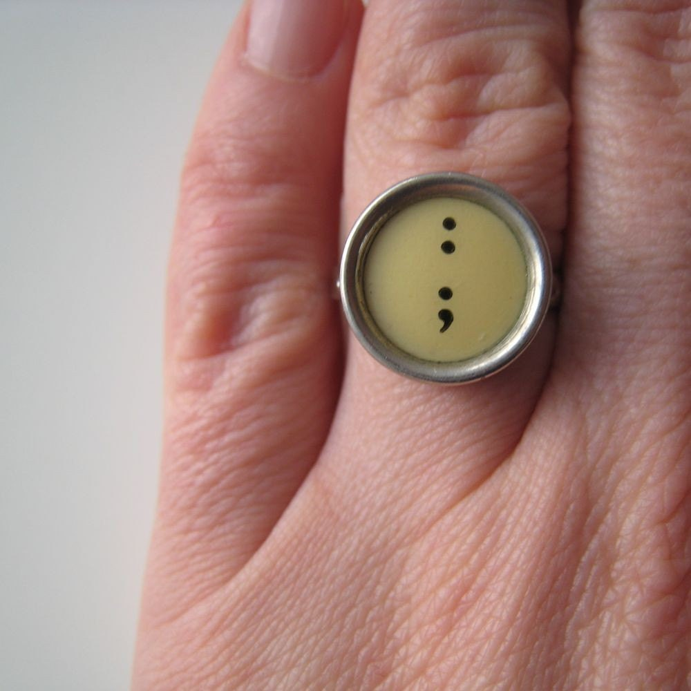 Vintage cream/yellow typewriter key ring - colon semi-colon