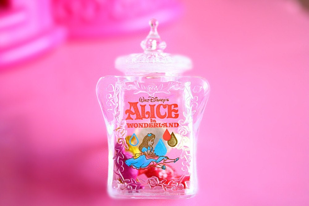Alice in Wonderland bottle ring