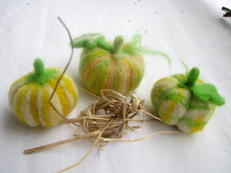 Felted pumpkins - autumn and halloween decoration - set of three