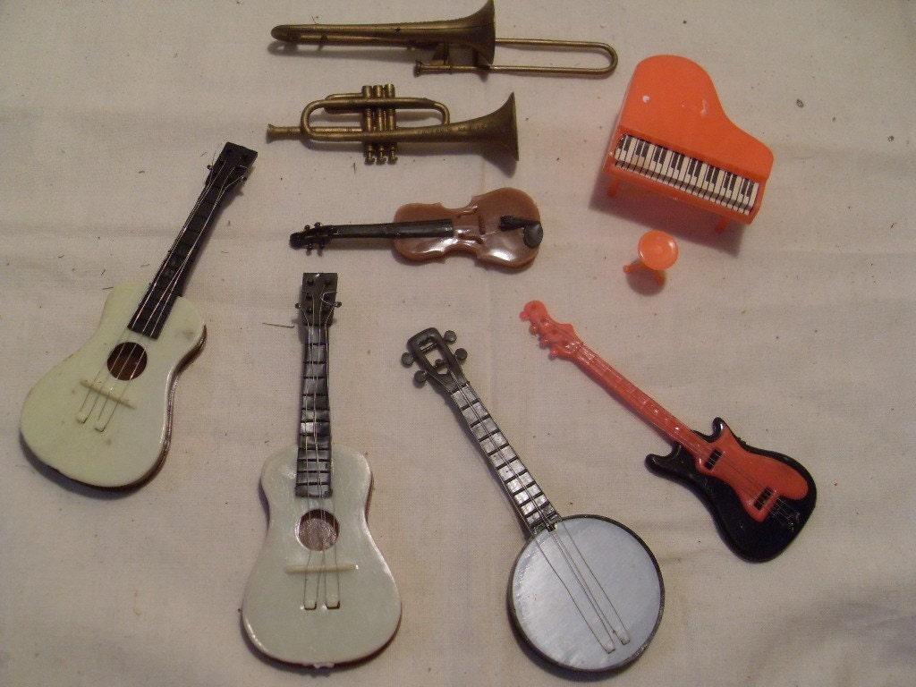 Cake Decorations Musical Instruments : Vintage Cake Decorations Musical by myvintageartsupplies ...