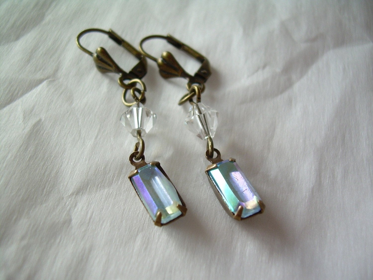 Vintage Inspired Iridescent Drop Earrings