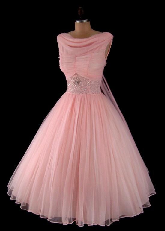 Pale vintage pink 50s frock, via Etsy: CalendarGirlVintage