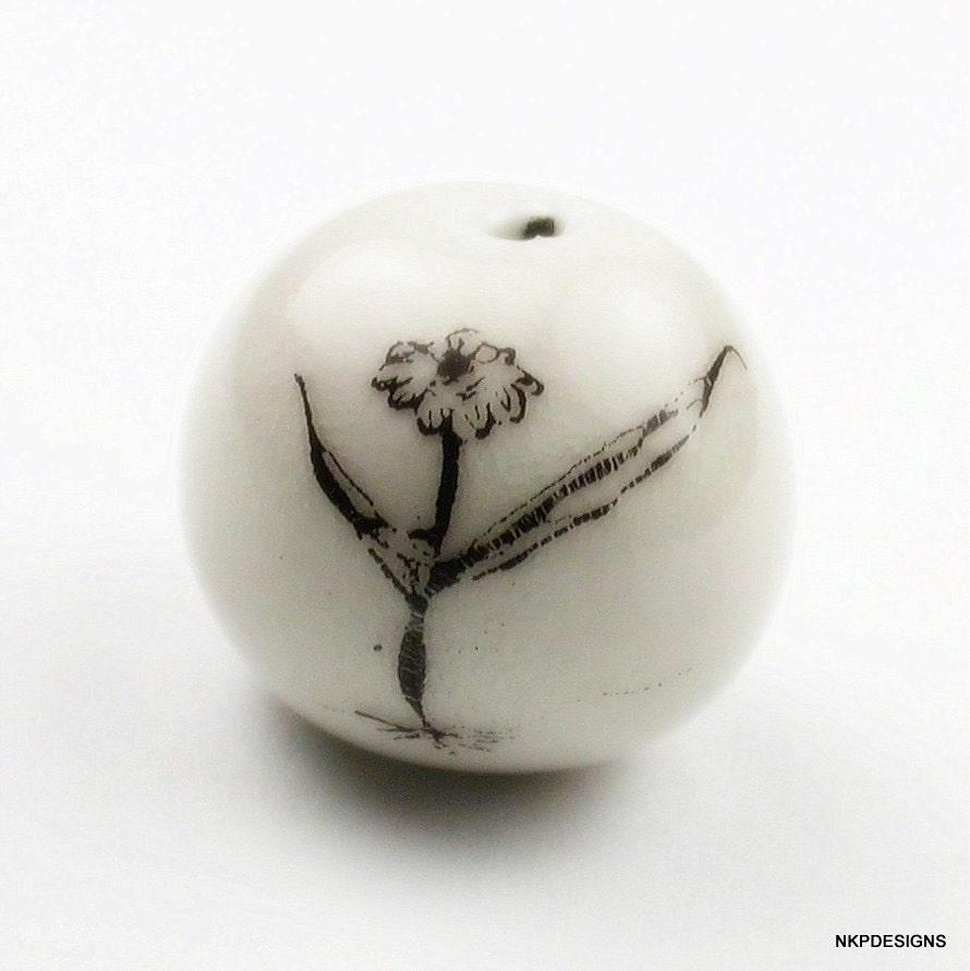 The Star Daisy Porcelain Bead