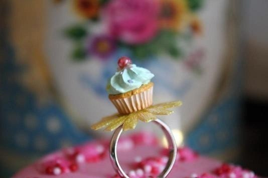 Cupcake On A Flower Ring