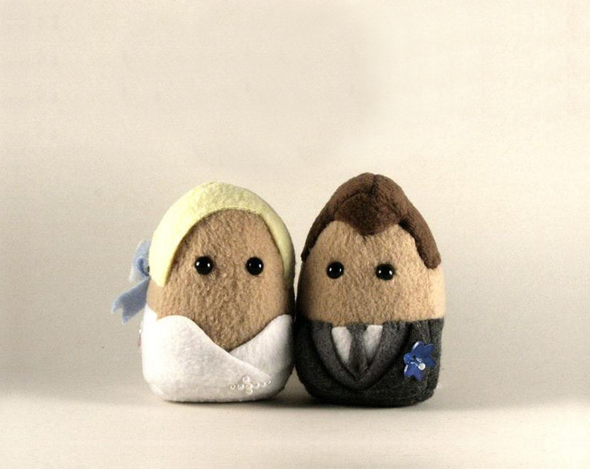 Personalized Wedding Couples, Mini Plushies, Great for Cake Toppers and Gifts