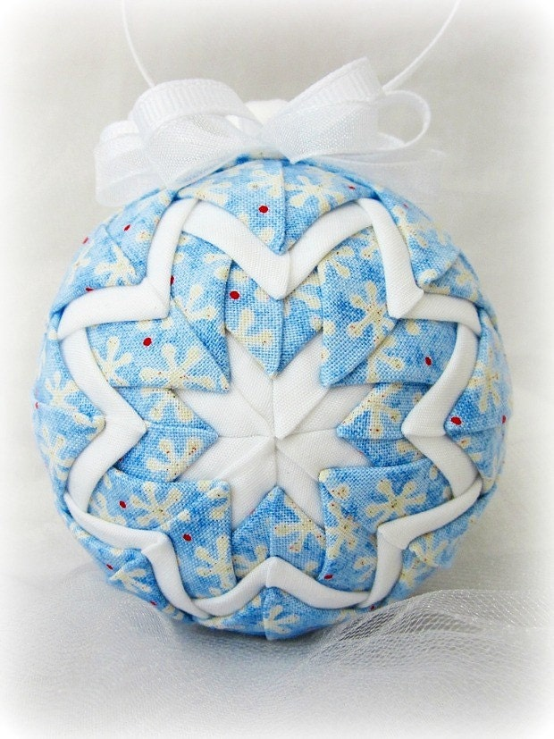 Discovered Treasures: Quilted Christmas Balls : quilted ball - Adamdwight.com