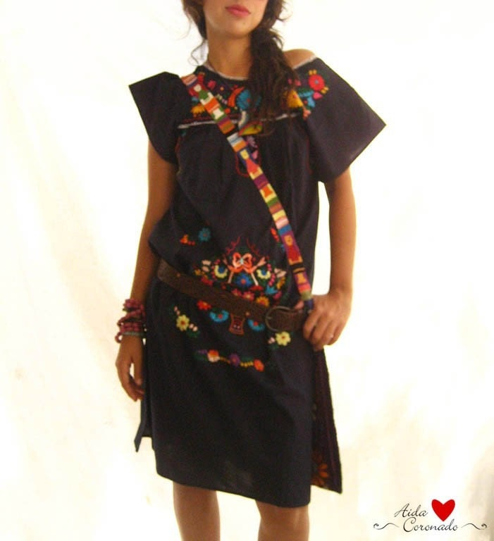 Beautiful handmade mexican embroidered tunic dress by