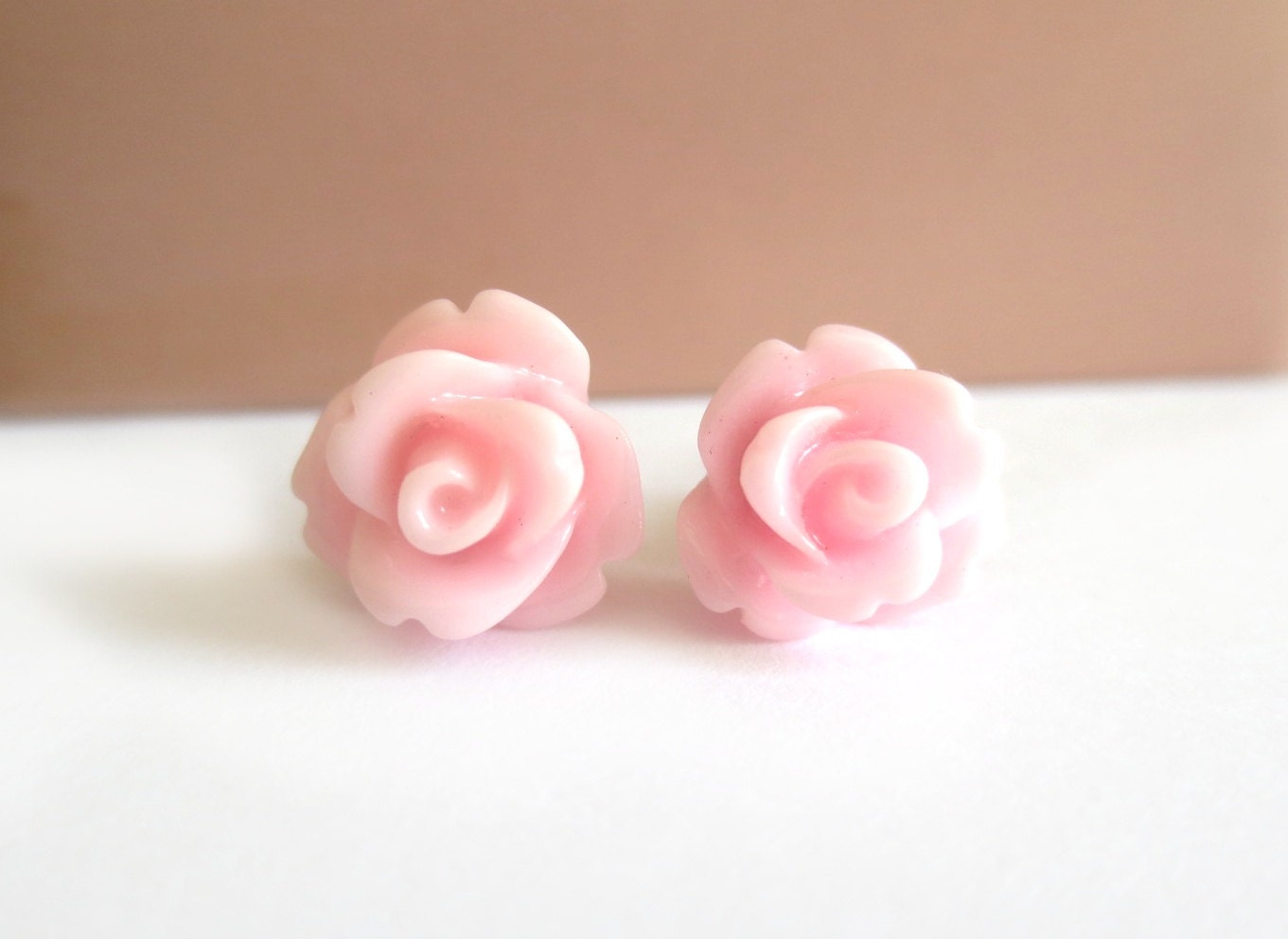 Light Pink Rose Earrings - BiBiJewelry