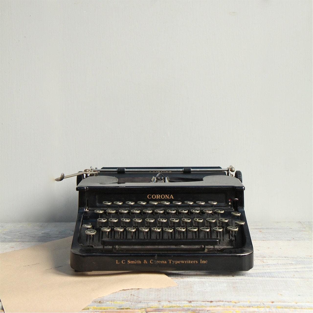 Vintage Smith Corona Manual Typewriter By Ethanollie On Etsy