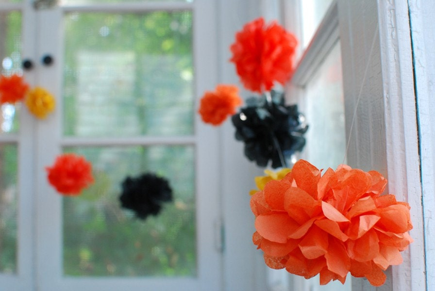Pom Garland ... Halloween Edition - DIY Kit