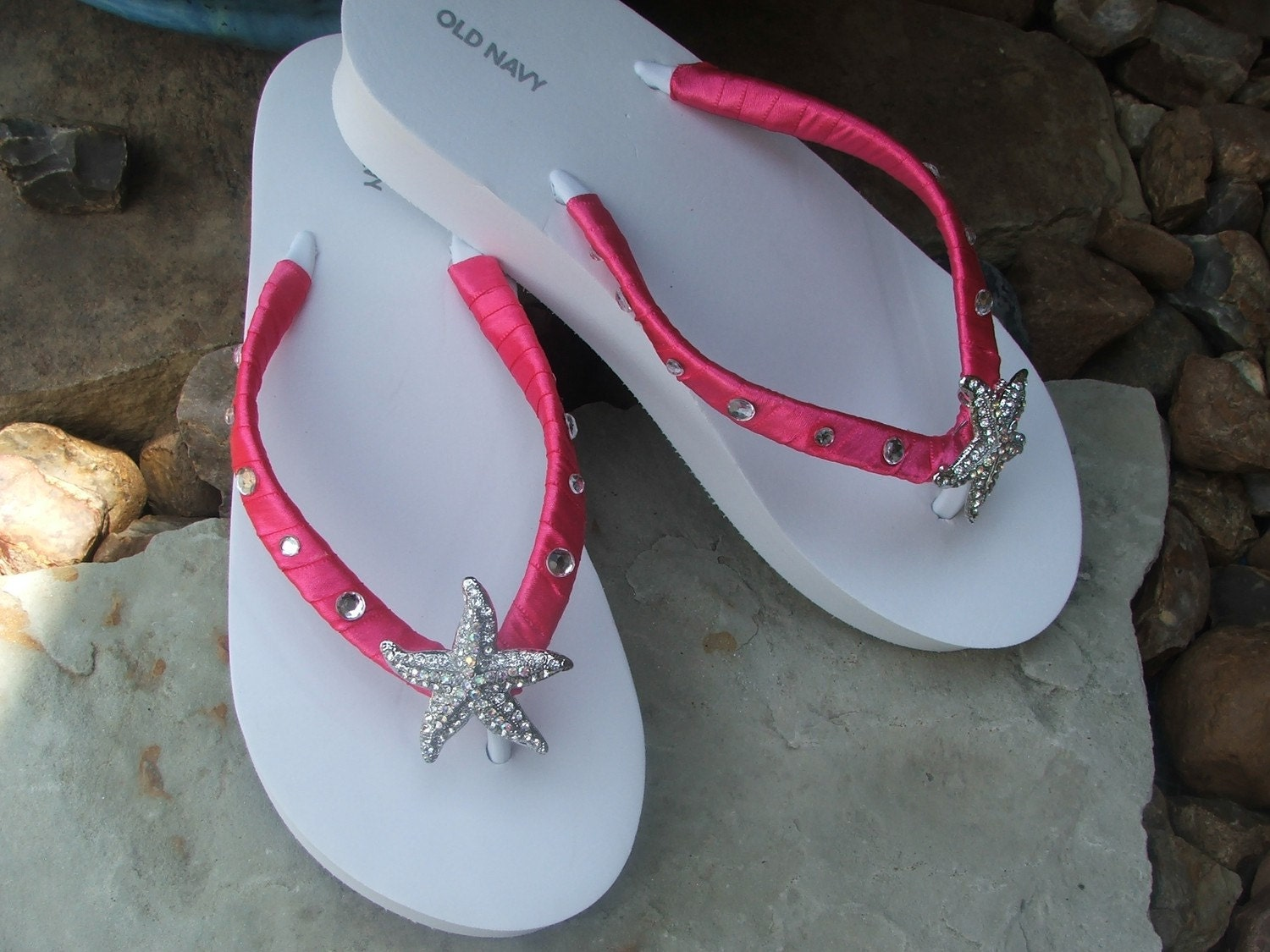 Adorable rhinestone starfish hot pink boutique flip flop