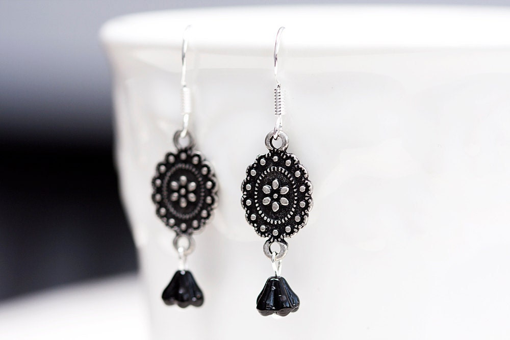 Black Floral Earrings Antiqued Silver Floral Pendant Black Flower Bead Black Earrings - E096