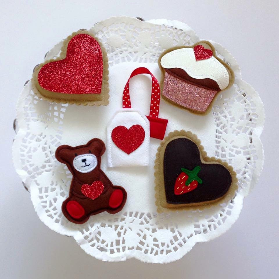 Felt pretend play food Felt Valentines Cookies Felt Food Pretend Play Food