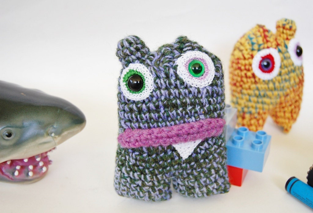 crusher mini monster by knot by gran'ma