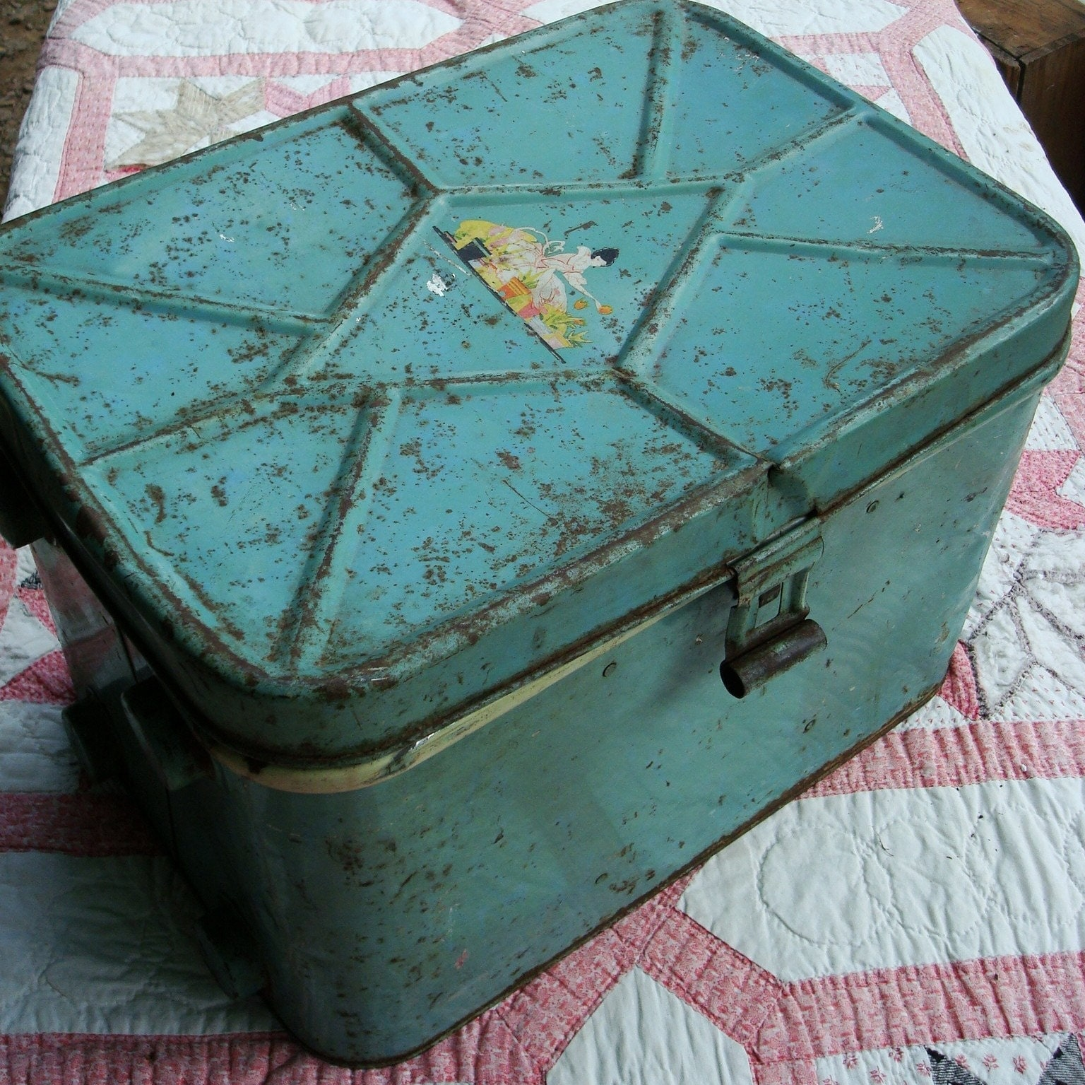 Vintage Tin Breadbox