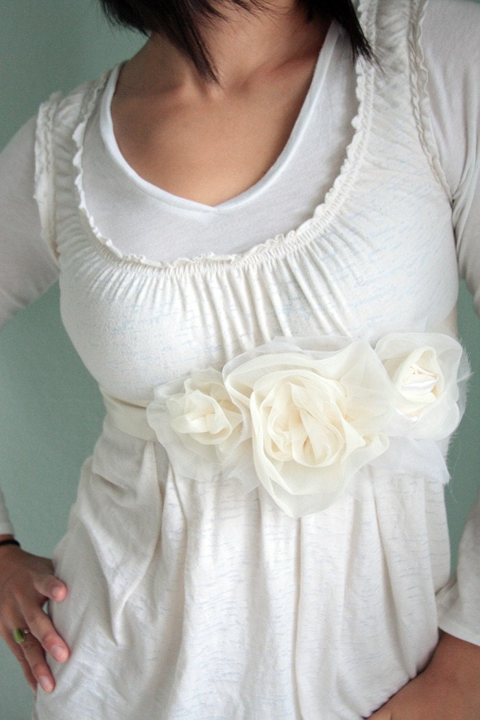 RESERVED for LisaK - Custom Order - Bridal triple flower belt, silk, organza, ivory