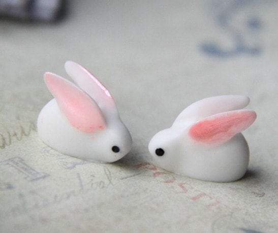 6 pcs bunny beads with vertical hole