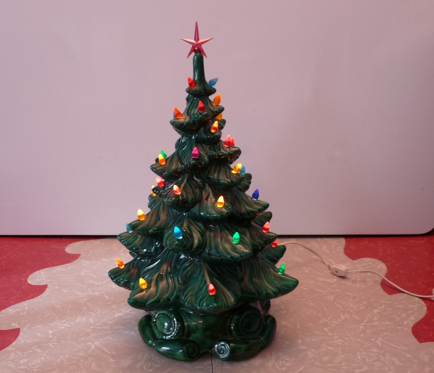 Vintage Ceramic Atlantic Mold Lighted Christmas Tree By
