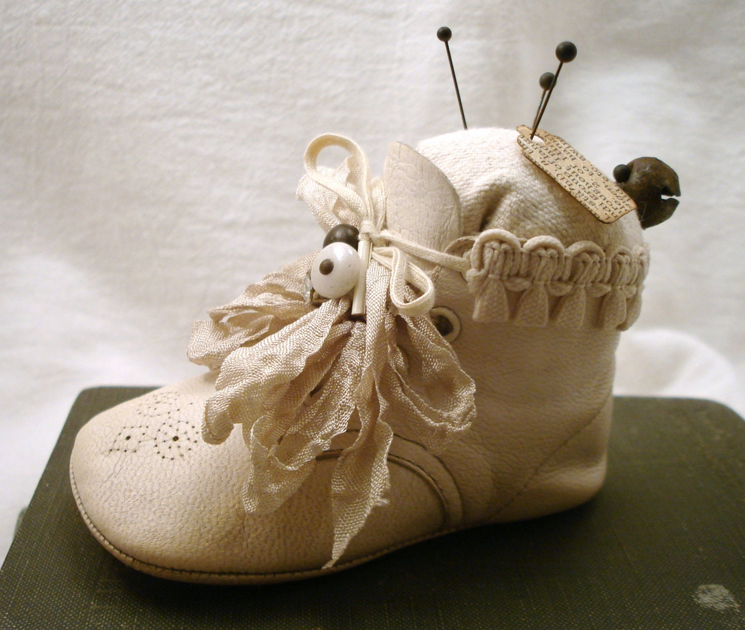 PDF Baby Shoe Pincushion Tutorial no shipping cost