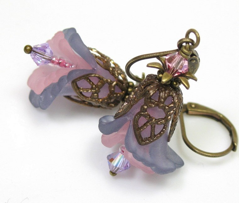 Lavender and Pink Vintage Style Lucite Flower Earrings