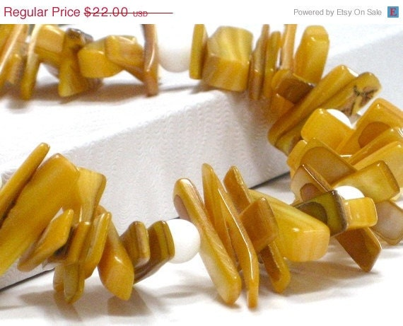 Holiday Sale Yellow Necklace, Chunky Necklace,  Mother of Pearl White Marble Chunky Necklace - Daffodil