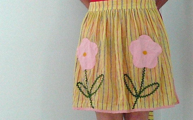 VINTAGE HAND MADE APRON