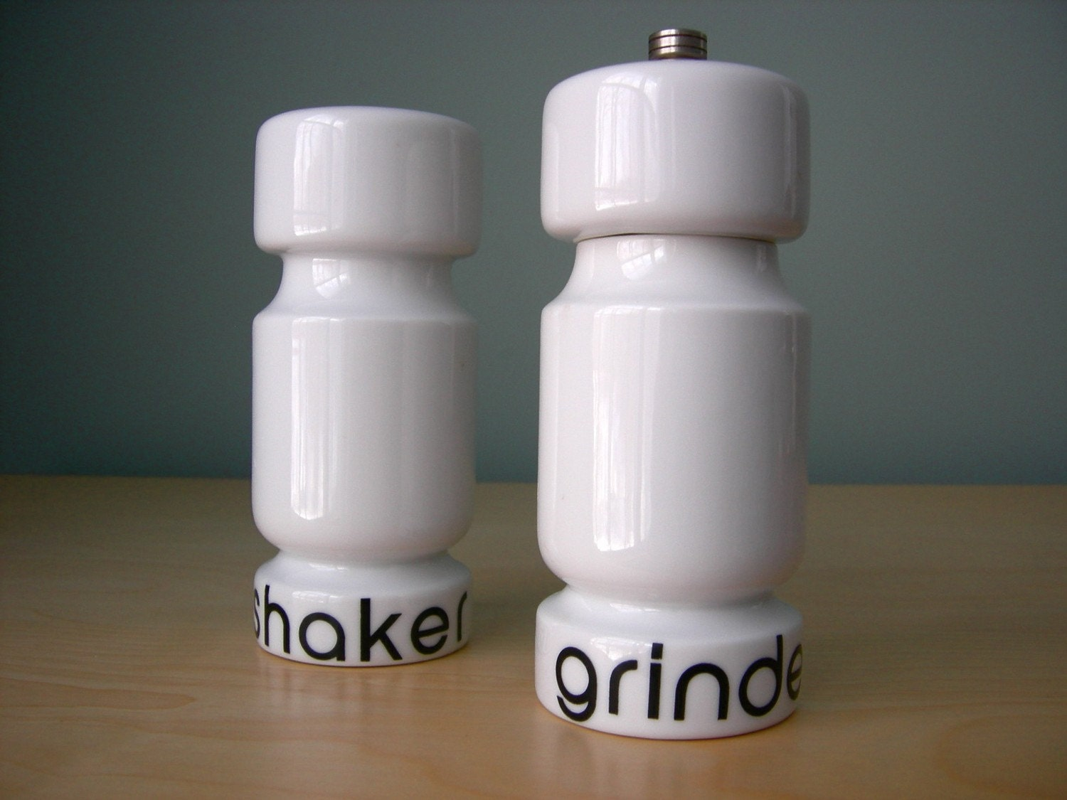 Mod  Type Design - Salt & Pepper Set