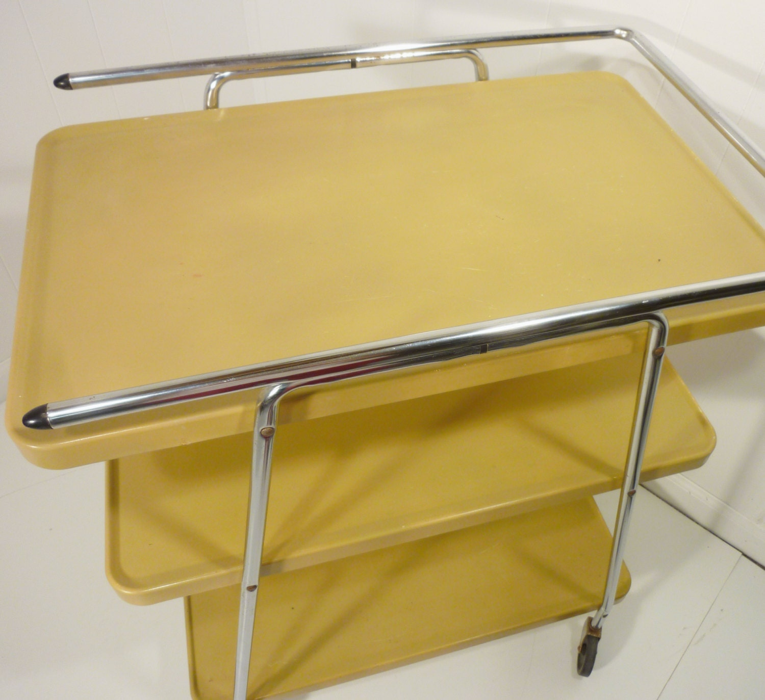 Cosco Chippy Red Metal Kitchen Cart Movable Painted Vintage: Cosco Gold Metal Kitchen Cart Movable Painted By Gillardgurl