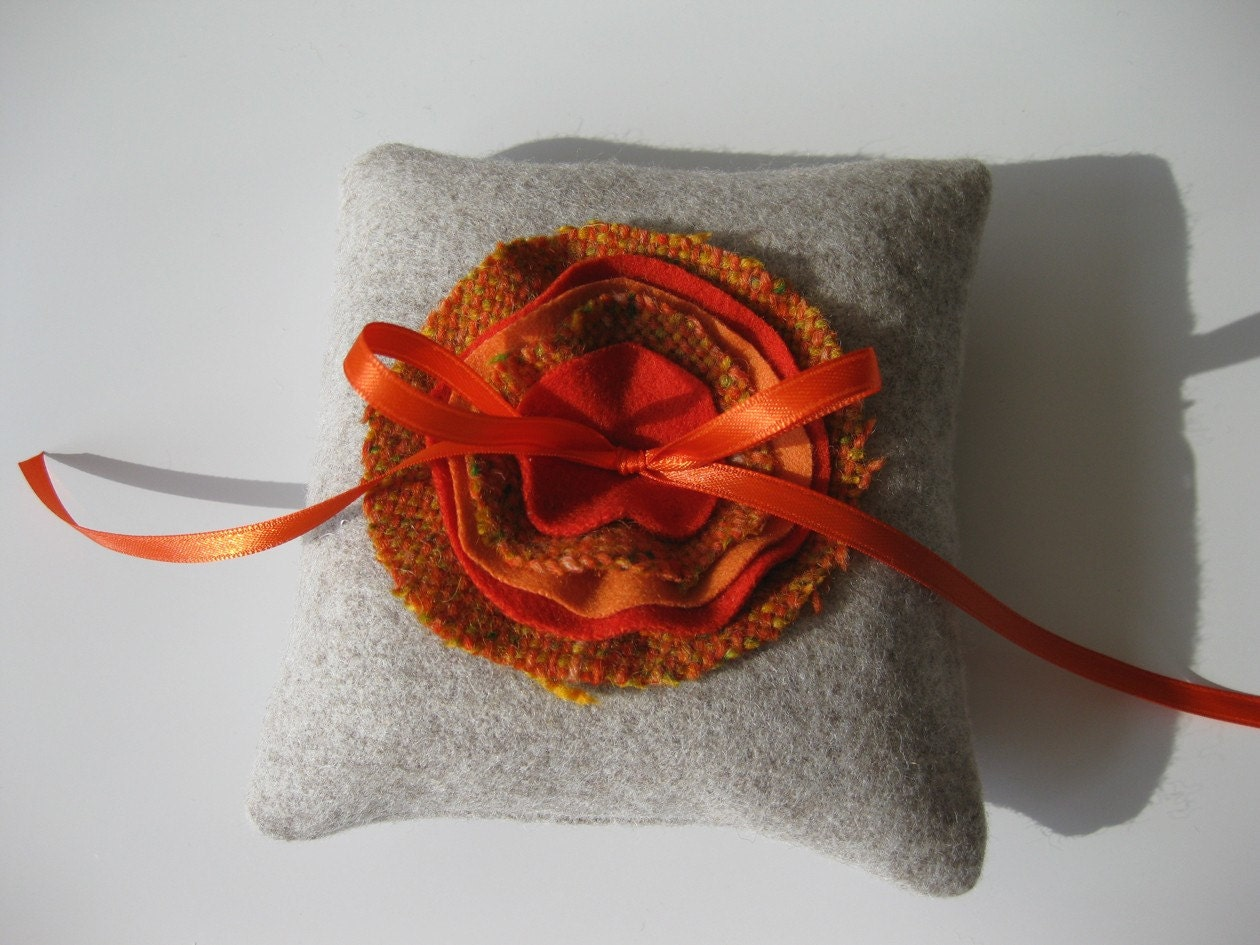 pillow no. 02